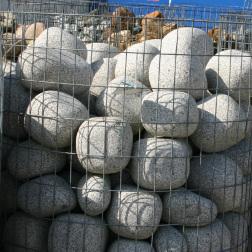 Granit Eier in hellgrau