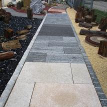 Bodenplatten in weiteren Steinarten